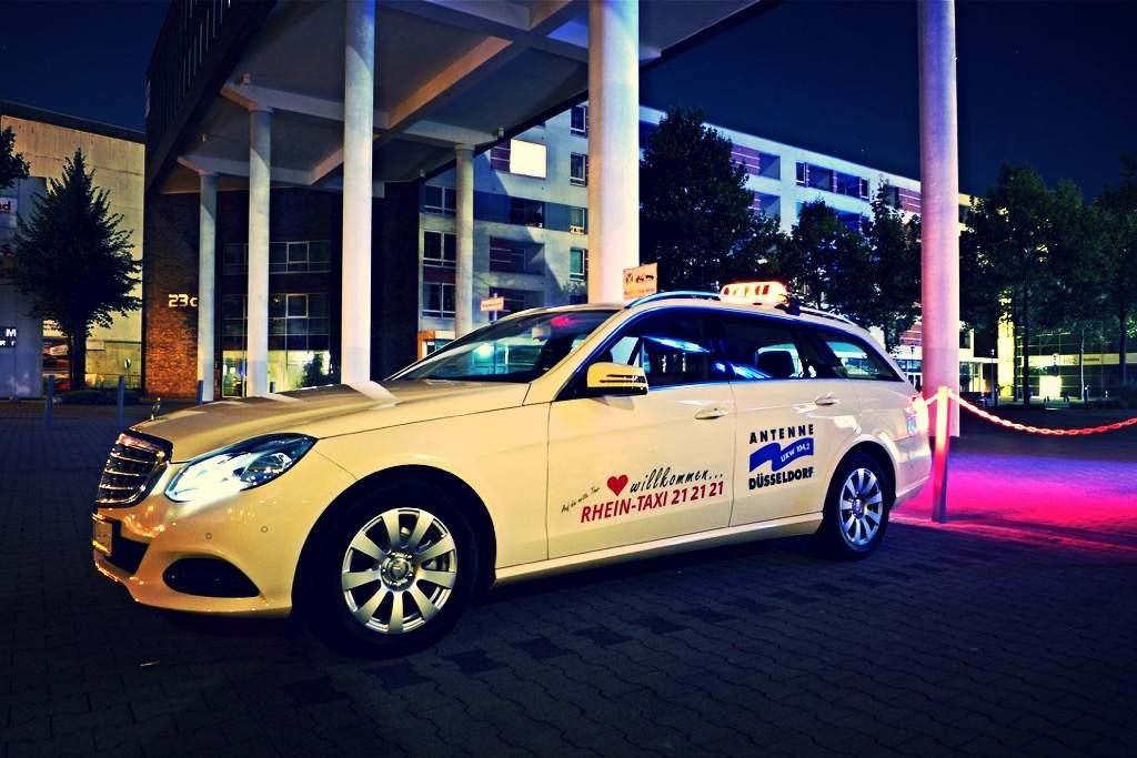Rhein-Taxi Fahrzeug Kombi Mercedes-Benz